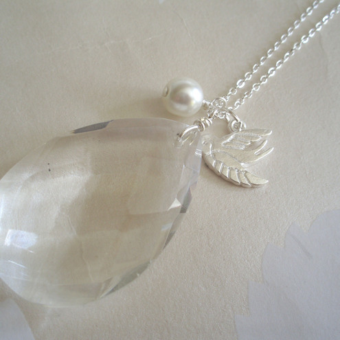Glass/crystal necklace
