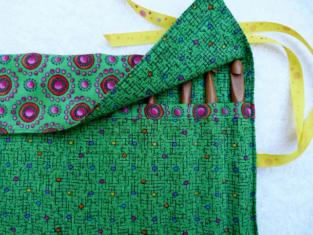 Green Fabric Roll Up Crochet Hook Holder With 1 Folksy