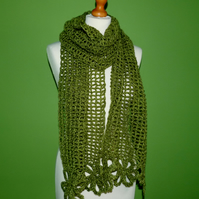 Scarf in Crochet Flower and Mesh Design.Double Knitting Scarf in Greens