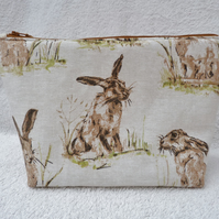 Hare Print Project Holder. Lined Purse. Zipped Holdall.