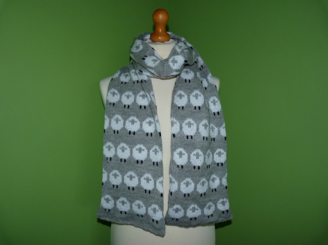 Sheep Scarf in Grey Yarn