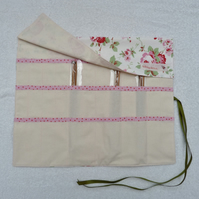 Knitting Needle Roll In Pink Roses Print Cotton with 3 Pairs Bamboo Needles.