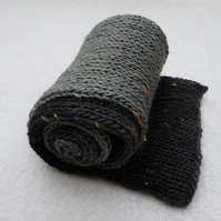 Scarf in Grey Country Tweed Yarn. Tube Knit.