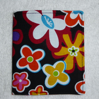 Flip Card Wallet. Flowers on Black Print Fabric