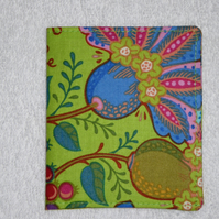 Flip Card Wallet. Folk Art Flowers on Green Print Fabric