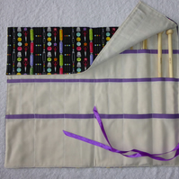 Knitting Needle Roll In Sewing Notions Print Cotton with 3 Pairs Bamboo Needles.