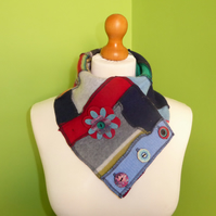 Neck Warmer Scarf with 3 button Trim. Upcycled Cowl. Felt Flower. Red and Blue