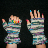 Fingerless Gloves with Ruffle Cuff Knitting Pattern. PDF Knitting Pattern