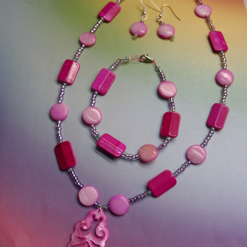 Hot Pink Shell Jewellery Set