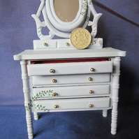 1-12th Scale Dressing table