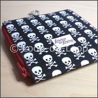 Skully Compact Flash or DS Game pouch