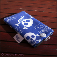 Blue skulls mobile phone pouch (small)