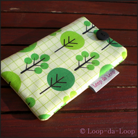 Green trees mobile phone pouch (small)
