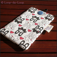 Bunny squee mobile phone pouch (small)