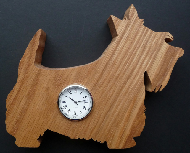 Shaped Scottie clock