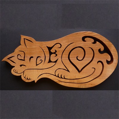 Sleeping cat trivet