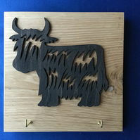 Heilin Coo Silhouette lead  or key holder