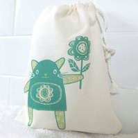 Fleur the Cat Drawstring Washbag/Toiletry/Make-up Bag (Green)