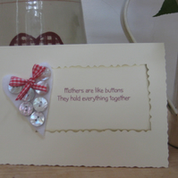 Card for Mum - Mothers are like Buttons heart card
