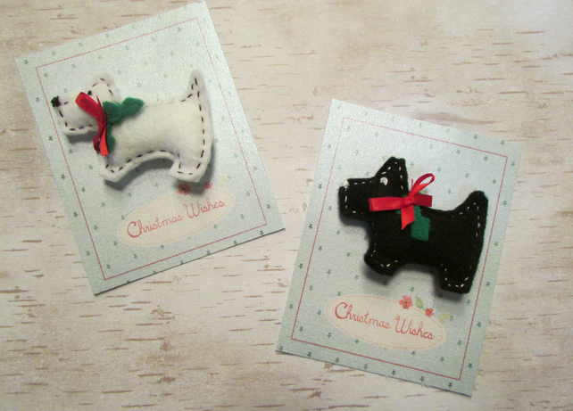 Scotty Dog Christmas Brooch