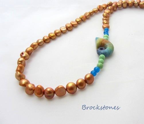 Copper Baroque Freshwater Pearl necklace with Shoogly focal