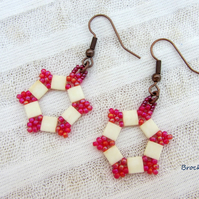 Hexagonal raspberry and cream earrings hand woven