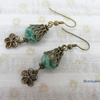 Quinghai jade earrings with antique gold fittings