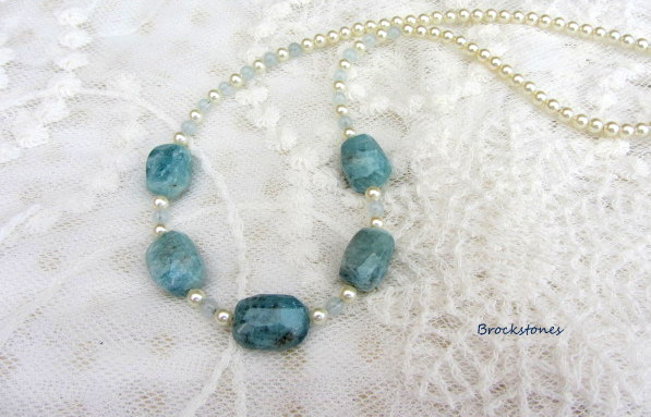 Aquamarine January birthstone gemstone necklace Taurus Aquarius Pisces