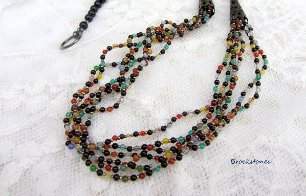 Agate beaded necklace gemstones black yellow red turquoise