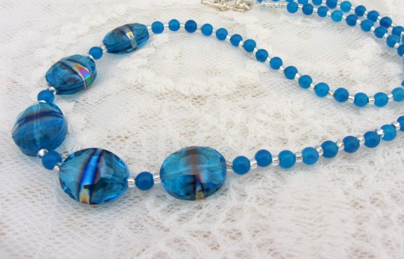 Peacock blue beaded necklace