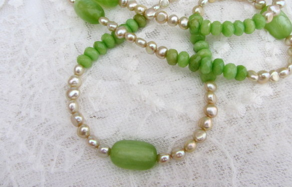 Pale green pearls and peridot green agate long necklace