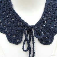 Crochet collar in deep blue with sequins