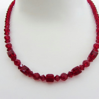 Glass necklace with Swarovski crystals in Siam red