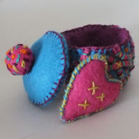Mother's Day Folk Art Embroidered Felt Trinket Box With a Secret Heart.
