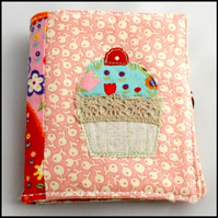 Sewing needle case - patchwork cupcake