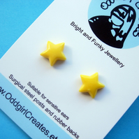 CUTE STUD EARRINGS Tiny Yellow Stars