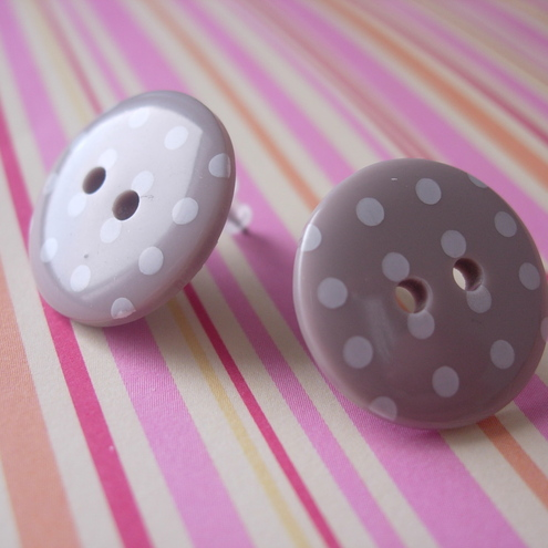 Spotty Button earrings MUSHROOM