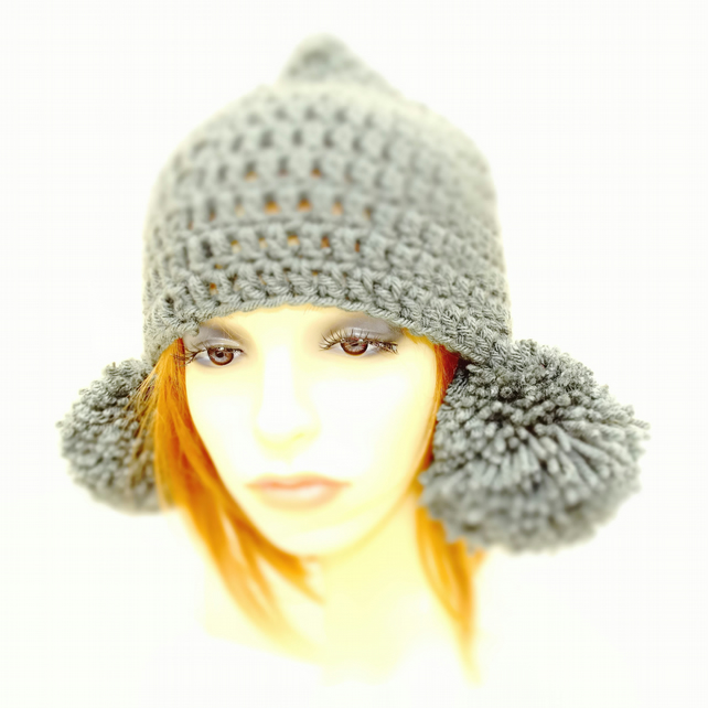 Peruvian Pom Pom Hat Dark Grey Charcoal