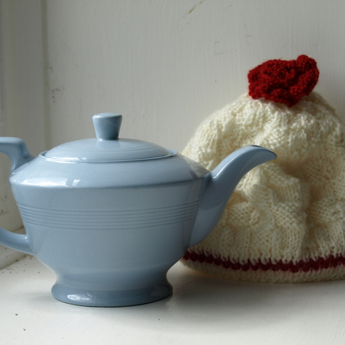 Little Blue teapot and teacosy