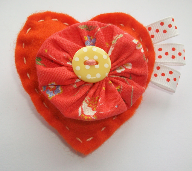 Felt brooch - bright orange heart