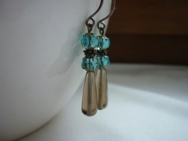 SMOKEY TOPAZ AND TEAL CZECH GLASS LONG DROP EARRINGS.  672