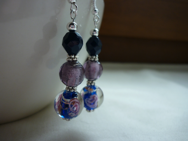 BLUE, PURPLE AND SILVER LAMPWORK BEAD EARRINGS.  786
