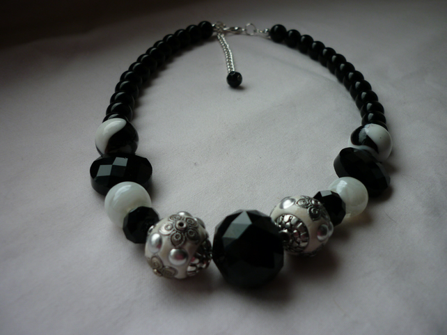black white and silver chunky necklace 887 folksy