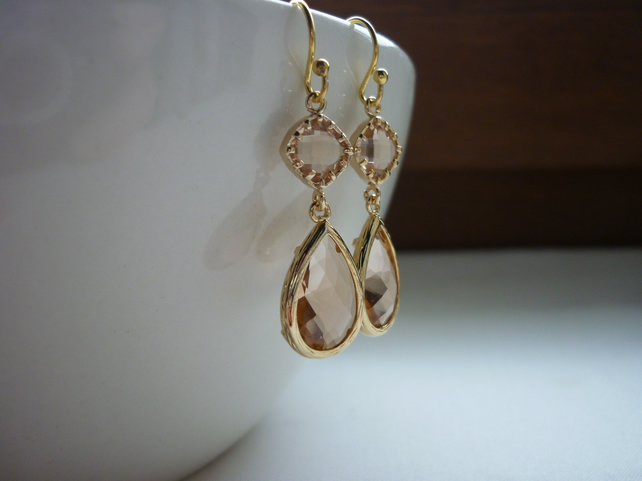 PEACH GOLD PLATED EARRINGS.  663