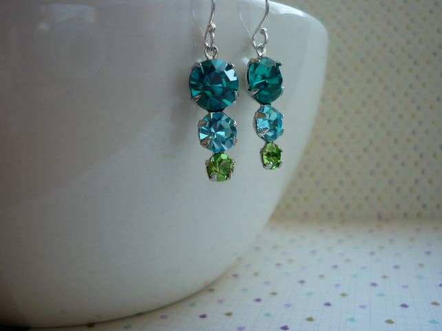 ZIRCON, AQUA, PERIDOT AND STERLING SILVER, VINTAGE STYLE EARRINGS.  1058
