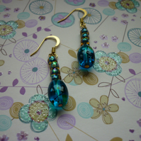 TEAL AND GOLD, GLASS BEADS EARRINGS.  1007