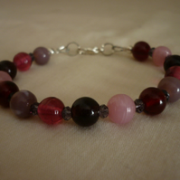 BERRY MIX BRACELET.