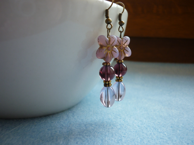 MAUVE, AMETHYST, PALE PINK AND BRONZE FLOWER EARRINGS.