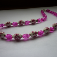 DEEP PINK, WHITE AND SILVER, PORCELAIN BEAD NECKLACE.