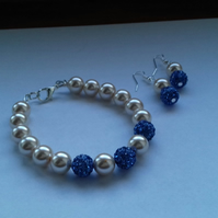 CHAMPAGNE AND BLUE, PEARL AND PAVE BEAD, BRACELET AND EARRINGS SET.